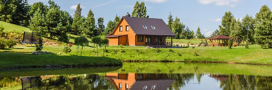 House with a banquet hall, sauna, bedrooms